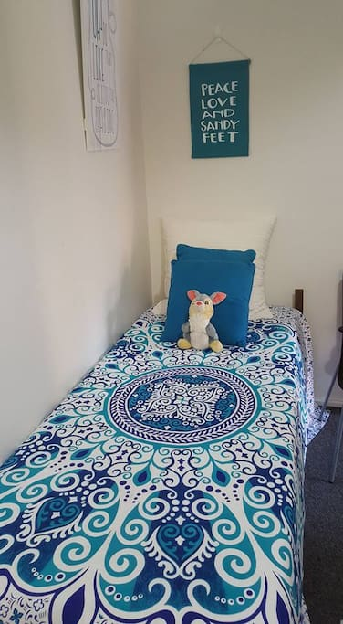 Comfy bed to rest your body after a day of exploring the beautiful Newcastle beaches!