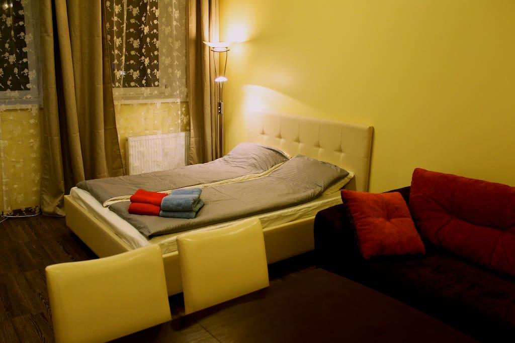 Первая комната апартаментов.