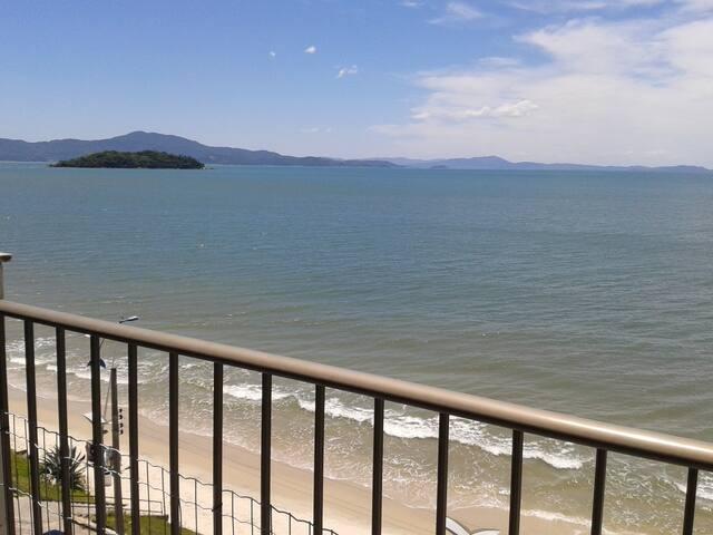 Vista deslumbrante para o mar - Florianópolis - Pis
