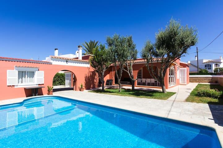 Villa Mercedes. Individual house