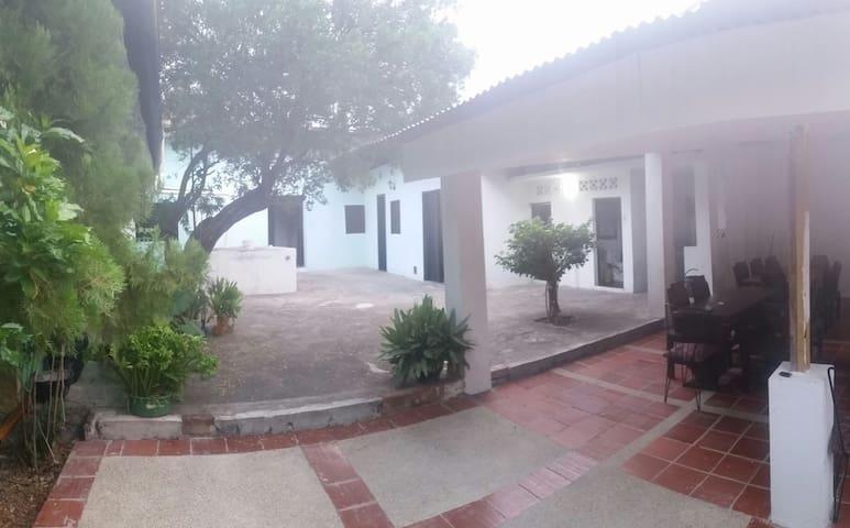 Casa Quinta Don Pedro - Tocaima - Rumah
