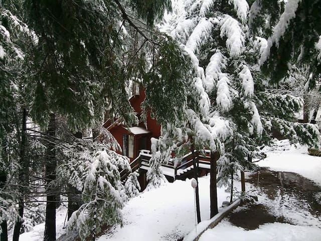 Natasha's Hideaway at Casa Victoria - Pollock Pines - Rumah