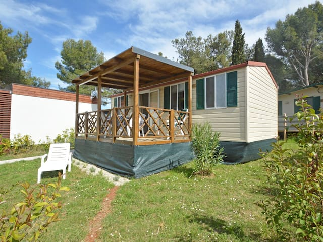 House Camping Brioni za 6 osoba
