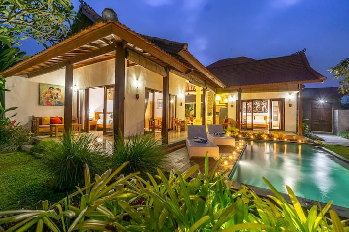 2BR Private Villa with Beautiful Views in Ubud