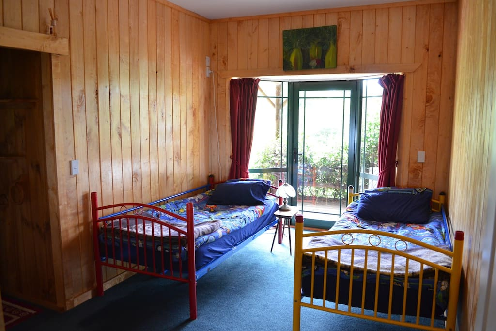 Two single bunk beds. Good for friends travelling or children with their parents in the room next door - see listing