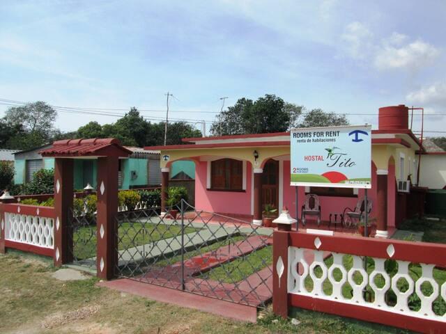 Hostal Tito - Havitación - 1 - Playa Giron - Talo