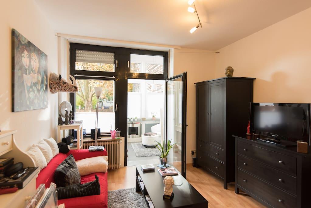 tolles apartment im musikerviertel wohnungen zur miete. Black Bedroom Furniture Sets. Home Design Ideas