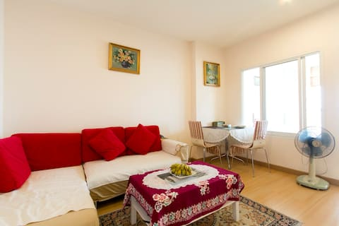 Comfort home away from the crowd, space 42sqm.Wifi