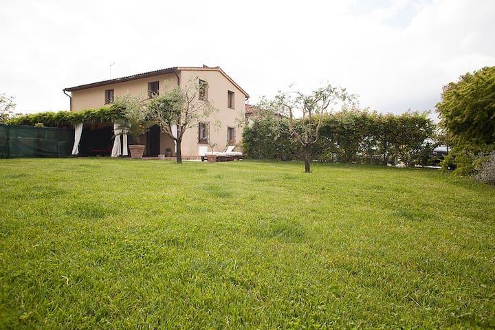 Cascinale il Pioppo 3 km da Pisa - Campo - Lägenhet