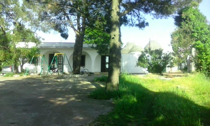 Villa&Trulli by Gemma in Puglia,TA