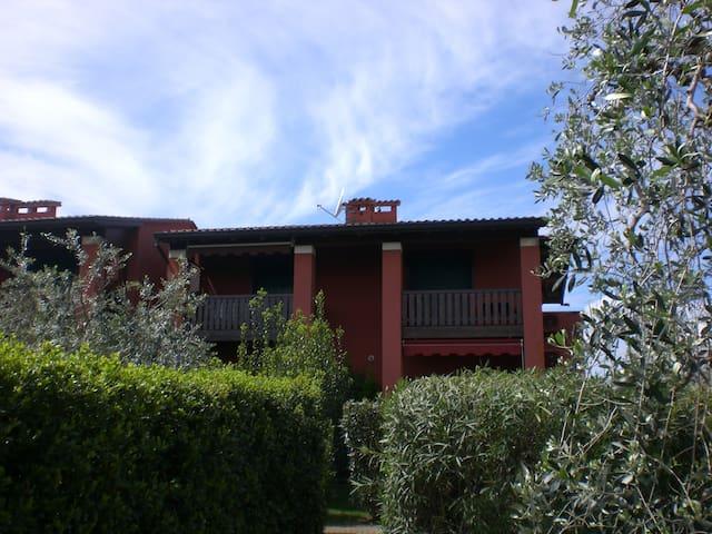 Little land of Golf - Garda lake - Soiano - Apartment