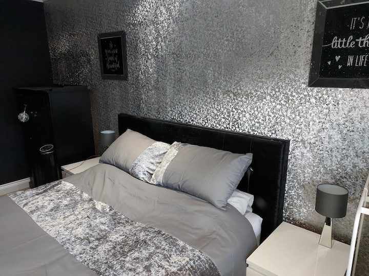 Luxury on a Budget Platinum Room