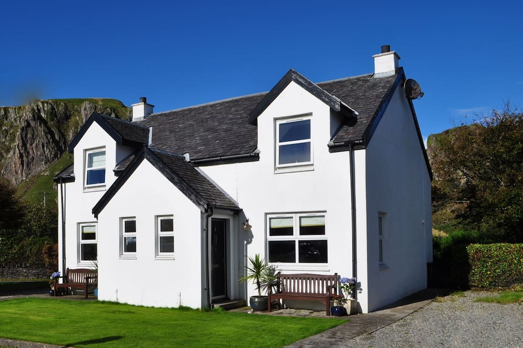 Seashell Cottage Houses For Rent In Ellenabeich Easdale