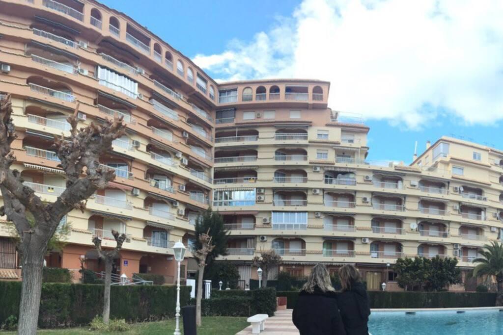 Apartamento para 5 con piscina aptos en complejo residencial en alquiler en playa de gand a - Apartamentos en gandia playa ...