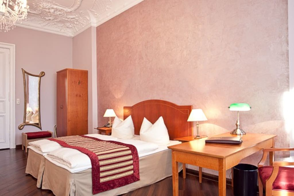 berlin s kult hotel am ku damm bed and breakfasts for rent in berlin berlin germany. Black Bedroom Furniture Sets. Home Design Ideas