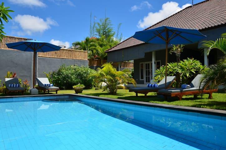 Villa-in-Seminyak-with-pool-garden