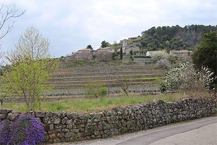 LE PRAT DANS LE SUD DE L'ARDECHE - Ribes - บ้าน