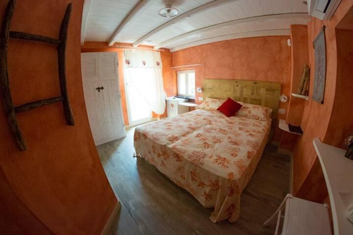 La Rocca - Maison de Charme -  Coral Room