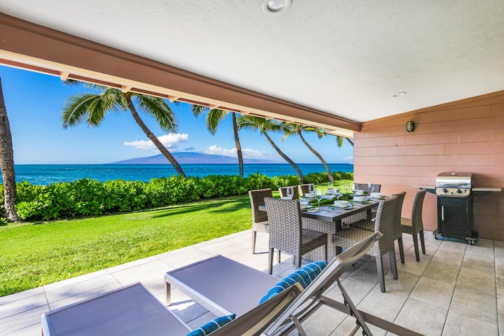 176-4 Oceanfront Puamana Townhome newly remodeled!