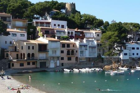 casa delante del mar - Begur - Dom
