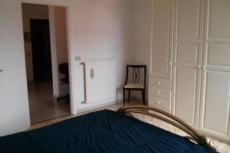 appartamento  a Pomezia (RM)