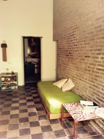 Casa indipendente centro paese - Catania - Lägenhet