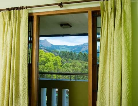 Tranquillity of Lakeview stay for the nature buff