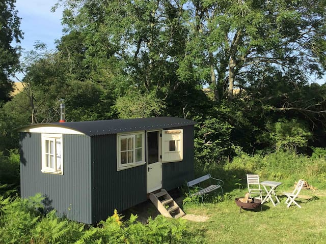 Gloriously secluded shepherds hut close to Lewes