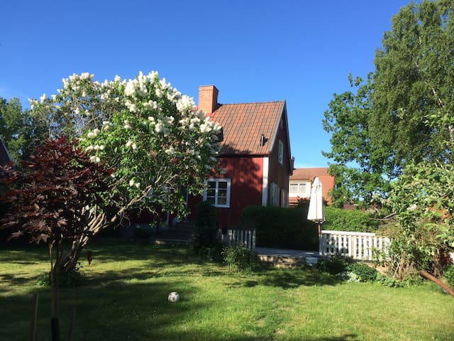 Beautiful house near Stockholm City and the forest - Stokholm