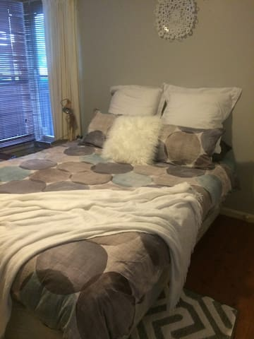 Comfortable Room in Town Centre! - Wodonga - Casa