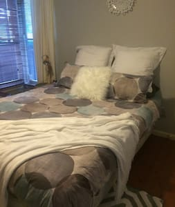 Comfortable Room in Town Centre! - Wodonga - Haus