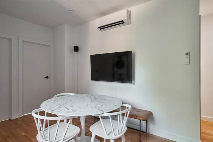 Comfortable ROOM in NEW Apartment