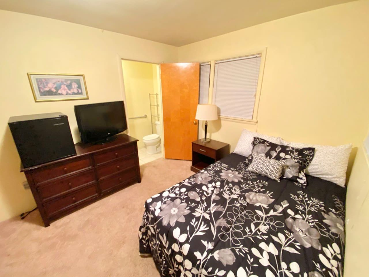 Private room includes 1/2 bath, mini fridge, Tv and desk.  Full bathroom is shared with three other rooms. Every room has its own 1/2 bath.