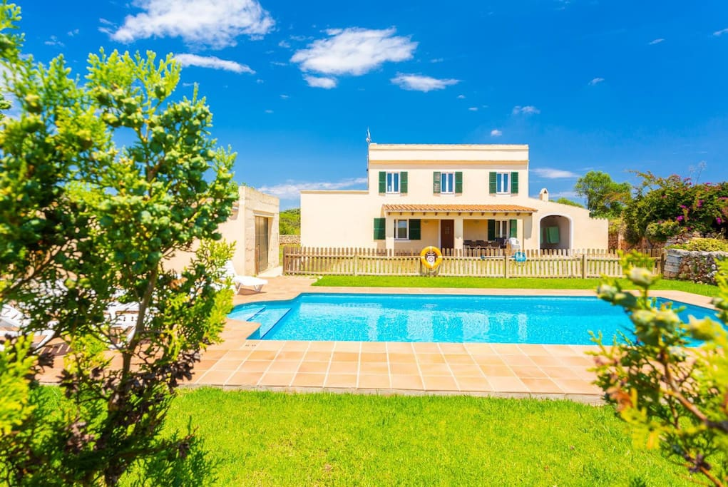 Beautiful villa with private pool, terrace, and garden area