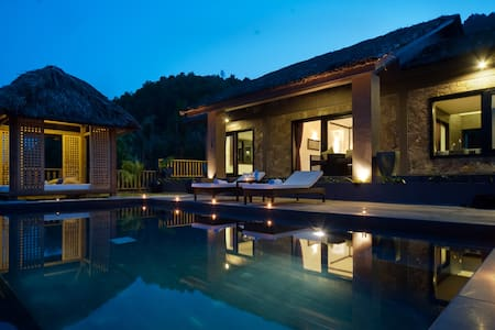 Terrific Honeymoon Villa in Phu Loc