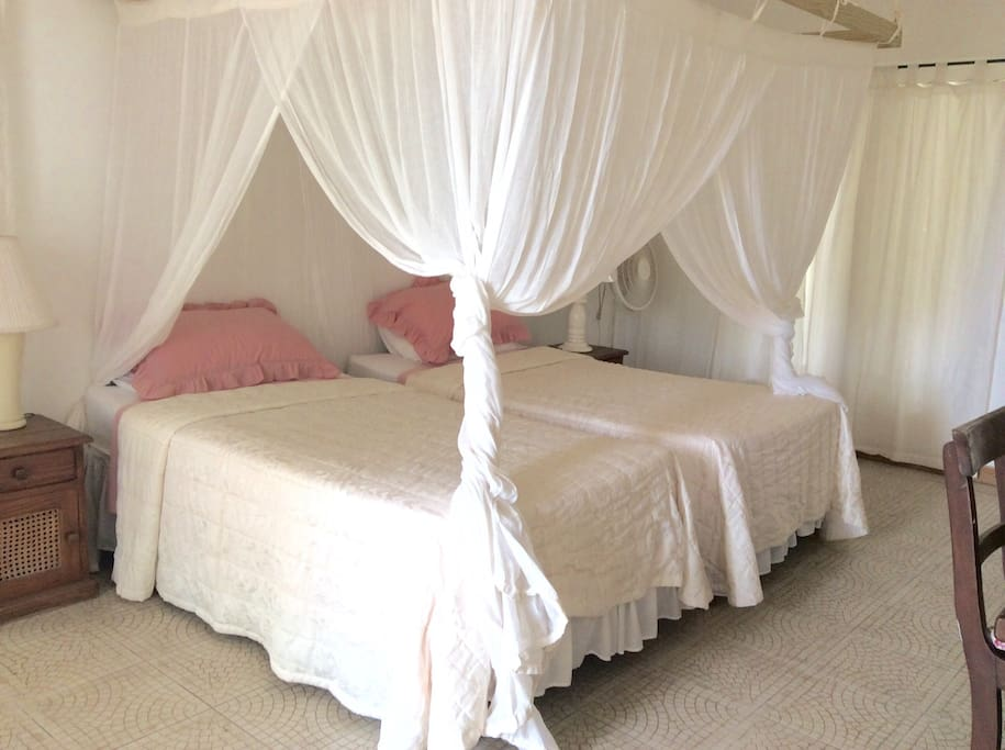 Master bedroom ,ensuite ( twin beds or made up as king bed)