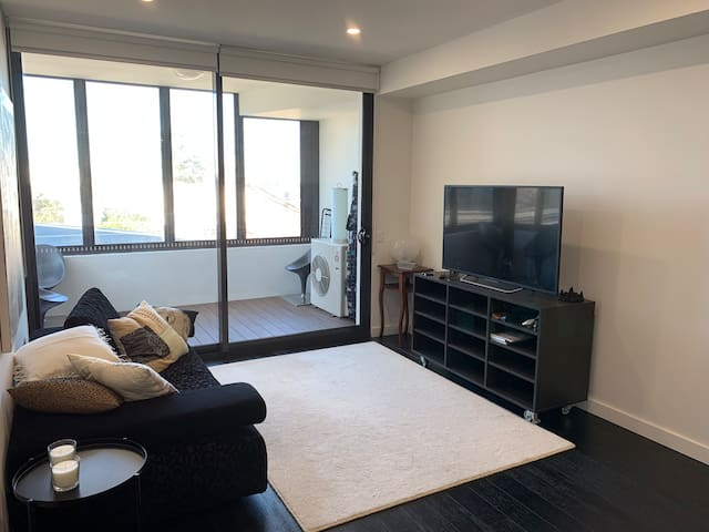 Brand new one bed apartment in Gladesville with TV