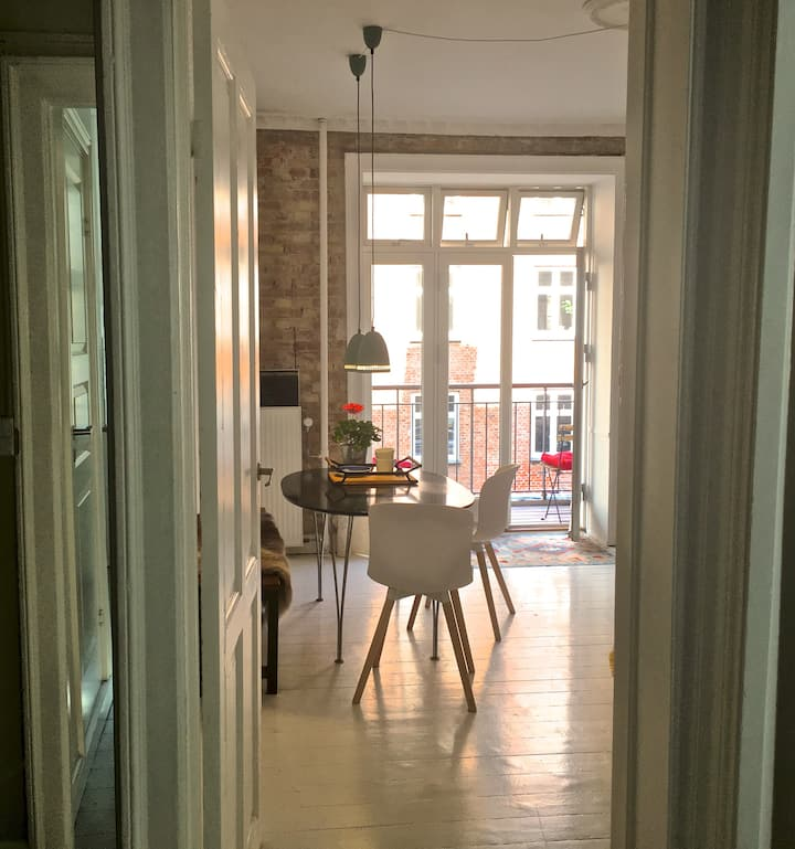 Cosy flat for two - heart of Copenhagen
