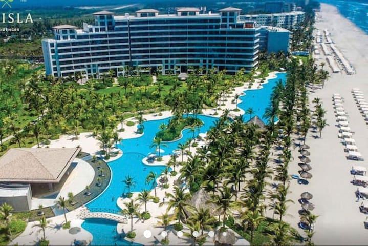 La Isla Residences & Spa Acapulco
