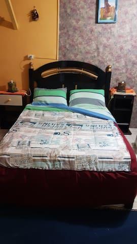 Quarto cama  casal e beliche