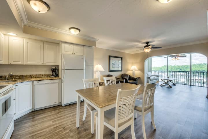 Captiva Condo gorgeous bay view Steps to Beach