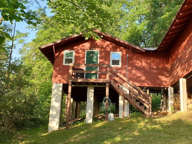 Poe Cottage at Buffalo Gap
