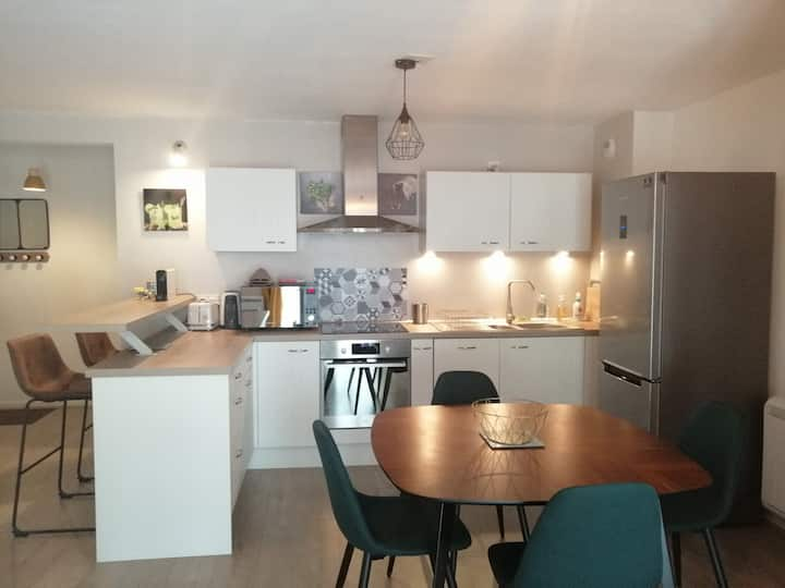 Appartement 50 m2 Saint- Patern avec garage