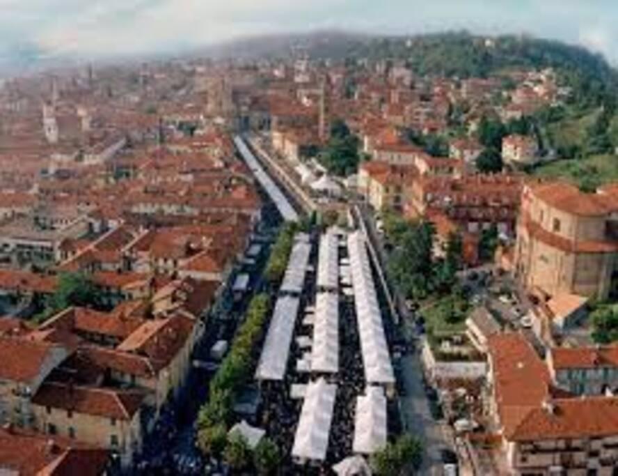 Panoramica città di Bra