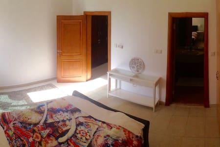 Sunset House Double Room - Dubai - Villa