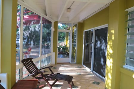 Ackee Abode -  Spacious 1 Bedroom - Christiansted - Lägenhet