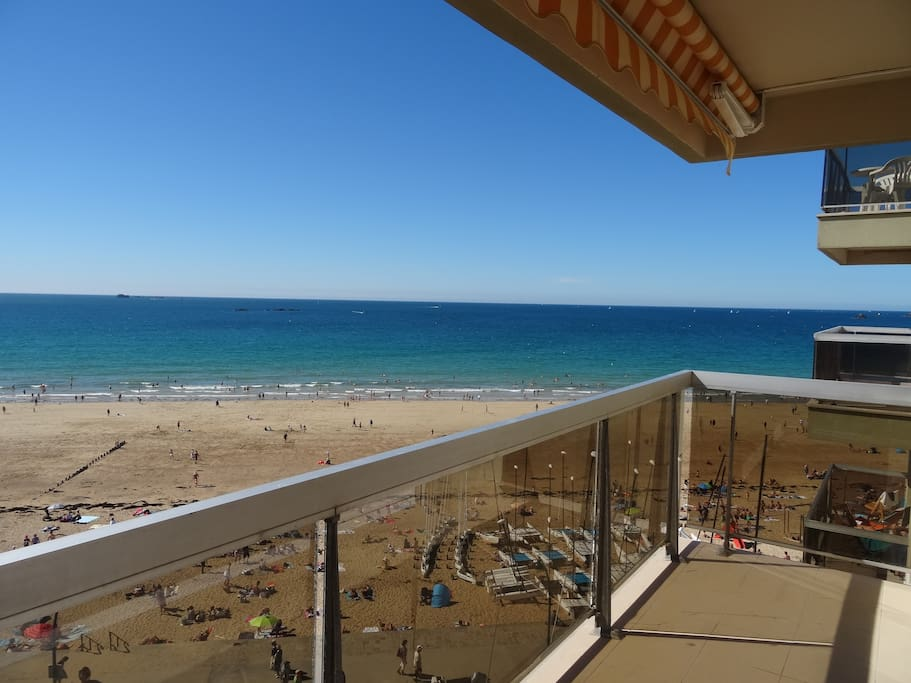 Balcon terrasse vue sur mer