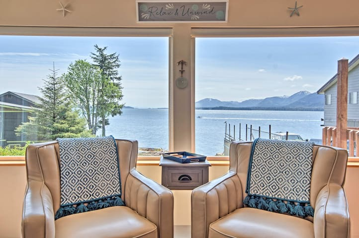 NEW! Seaside Ketchikan Cottage w/ Incredible Views