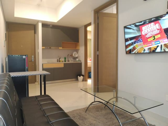 New ! Luxury, first floor, free WIFI + cable tv