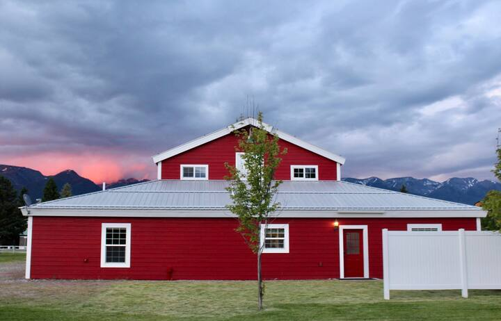 Montana Beauty at The Red Barn Suite